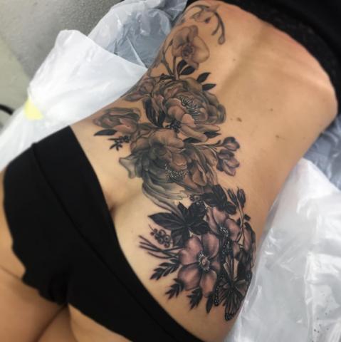 Freja Phoenix tattoo Art of Ink flowers
