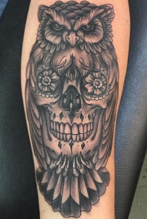 Freja Phoenix tattoo Art of Ink owl skull